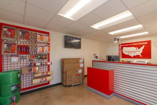 Public Storage - Hallandale - 3080 Pembroke Road 3080 Pembroke Road Hallandale, FL - Photo 2