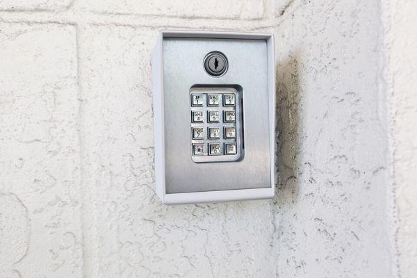 Public Storage - Davie - 8150 W State Road 84 8150 W State Road 84 Davie, FL - Photo 4