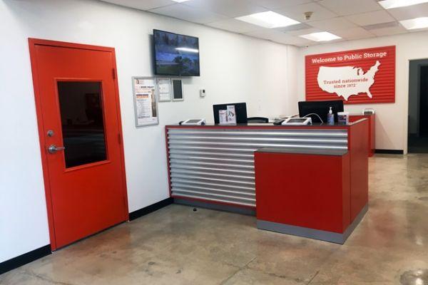 Public Storage - Davie - 8150 W State Road 84 8150 W State Road 84 Davie, FL - Photo 2