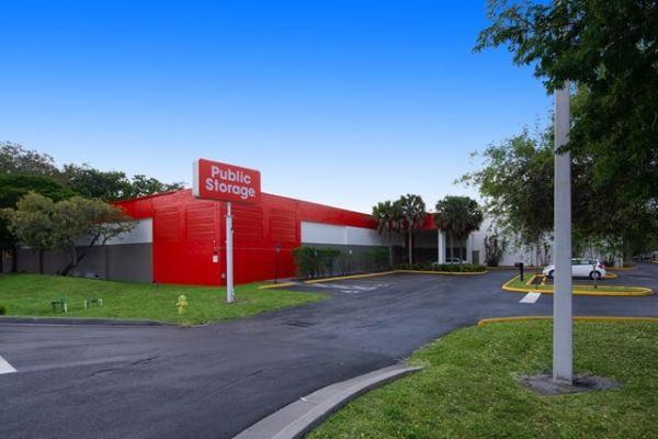 Public Storage - Davie - 8150 W State Road 84 8150 W State Road 84 Davie, FL - Photo 0
