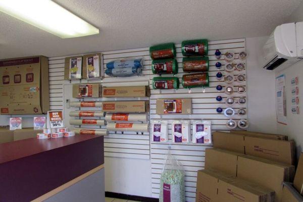 Public Storage - Tampa - 8421 W Hillsborough Ave 8421 W Hillsborough Ave Tampa, FL - Photo 2