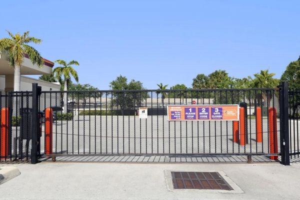 Public Storage - Miami - 10855 NW 7th Ave 10855 NW 7th Ave Miami, FL - Photo 3