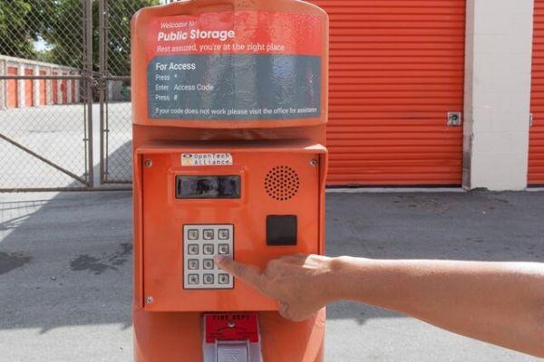 Public Storage - Pompano Beach - 1600 W Sample Road 1600 West Sample Road Pompano Beach, FL - Photo 4
