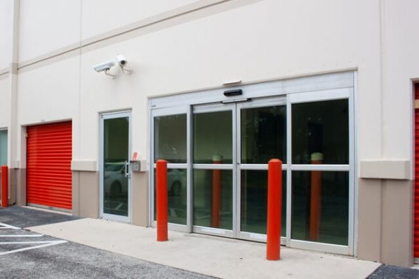 Public Storage - Ft Lauderdale - 1 NW 57th Street 1 NW 57th Street Ft Lauderdale, FL - Photo 3