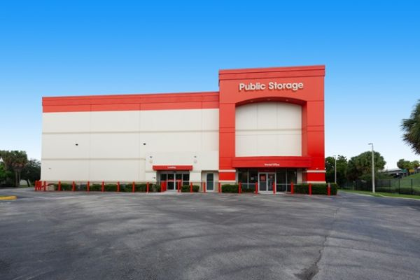 Public Storage - Ft Lauderdale - 1 NW 57th Street 1 NW 57th Street Ft Lauderdale, FL - Photo 1