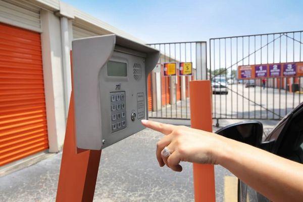 Public Storage - Pompano Beach - 2250 West Copans Road 2250 West Copans Road Pompano Beach, FL - Photo 4