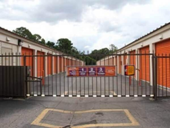 Public Storage - Jacksonville - 5708 Fort Caroline Road 5708 Fort Caroline Road Jacksonville, FL - Photo 3