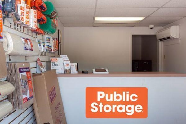 Public Storage - Jacksonville - 6219 Roosevelt Blvd 6219 Roosevelt Blvd Jacksonville, FL - Photo 2