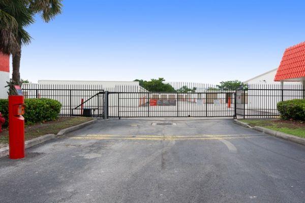 Public Storage - Coral Springs - 12123 West Sample Road 12123 West Sample Road Coral Springs, FL - Photo 3