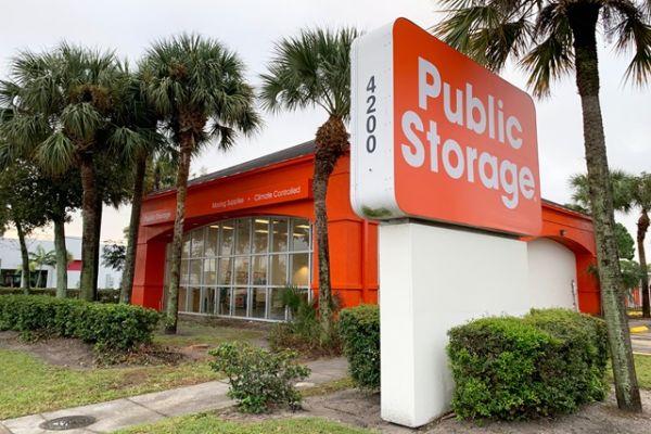 Public Storage - West Palm Beach - 4200 Okeechobee Blvd 4200 Okeechobee Blvd West Palm Beach, FL - Photo 0