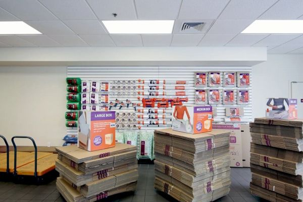 Public Storage - Orlando - 2275 N Semoran Blvd 2275 N Semoran Blvd Orlando, FL - Photo 2