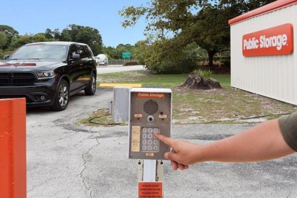 Public Storage - Delray Beach - 3000 N Federal Hwy 3000 N Federal Hwy Delray Beach, FL - Photo 4