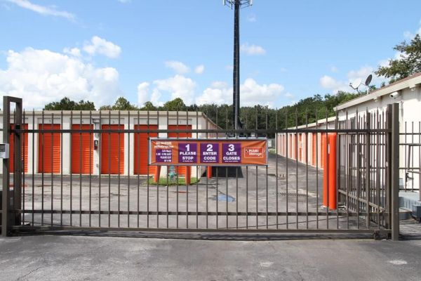 Public Storage - Casselberry - 1131 State Road 436 1131 State Road 436 Casselberry, FL - Photo 3