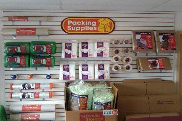 Public Storage - Sarasota - 6133 S Tamiami Trail 6133 S Tamiami Trail Sarasota, FL - Photo 2