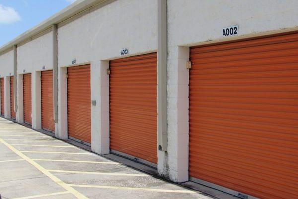 Public Storage - Pinellas Park - 4221 Park Blvd 4221 Park Blvd Pinellas Park, FL - Photo 1