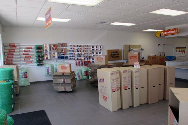 Public Storage - Pinellas Park - 4221 Park Blvd 4221 Park Blvd Pinellas Park, FL - Photo 2