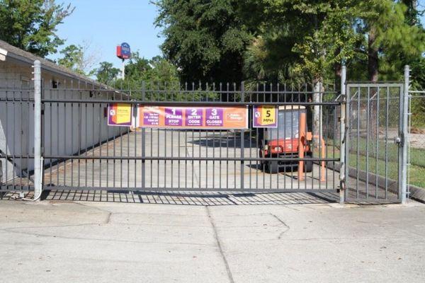 Public Storage - Orange Park - 210 Park Ave 210 Park Ave Orange Park, FL - Photo 3