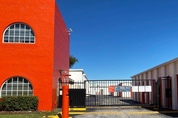 Public Storage - Miami - 10821 NW 14th Street 10821 NW 14th Street Miami, FL - Photo 3