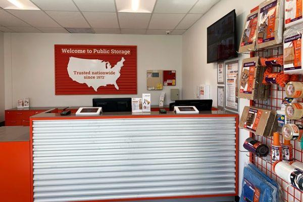 Public Storage - Davie - 5408 S University Dr 5408 S University Dr Davie, FL - Photo 2