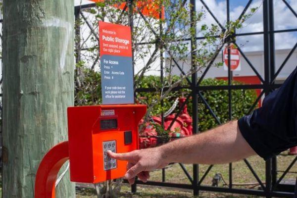 Public Storage - Davie - 15701 SW 41st Street 15701 SW 41st Street Davie, FL - Photo 4