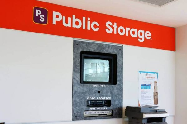 Public Storage - Tamarac - 8300 N University Drive 8300 N University Drive Tamarac, FL - Photo 3