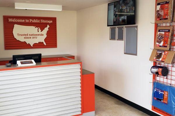 Public Storage - No Lauderdale - 7550 McNab Road 7550 McNab Road No Lauderdale, FL - Photo 2