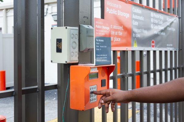 Public Storage - No Lauderdale - 7550 McNab Road 7550 McNab Road No Lauderdale, FL - Photo 4