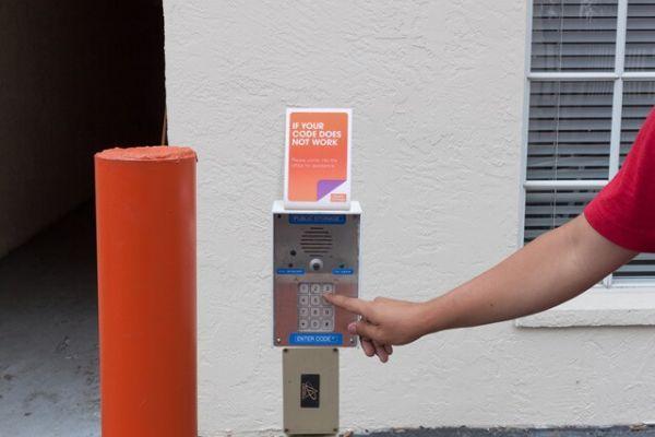 Public Storage - Tampa - 16415 N Dale Mabry Hwy 16415 N Dale Mabry Hwy Tampa, FL - Photo 4