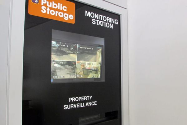 Public Storage - Tampa - 13611 N 15th Street 13611 N 15th Street Tampa, FL - Photo 3
