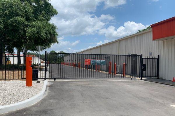 Public Storage - Apopka - 2431 S Orange Blossom Trail 2431 S Orange Blossom Trail Apopka, FL - Photo 3