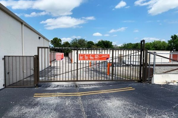 Public Storage - New Port Richey - 6609 State Road 54 6609 State Road 54 New Port Richey, FL - Photo 3