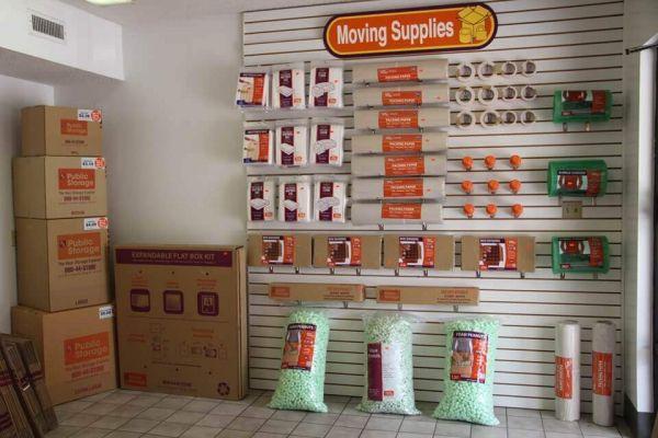 Public Storage - Fern Park - 7190 S US Highway 17/92 7190 S US Highway 17/92 Fern Park, FL - Photo 2
