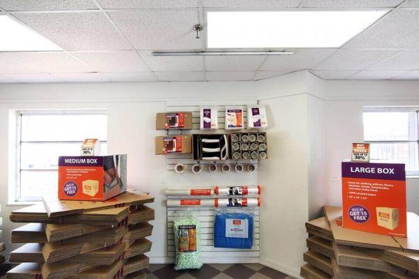 Public Storage - West Palm Beach - 3601 W Blue Heron Blvd 3601 W Blue Heron Blvd West Palm Beach, FL - Photo 2