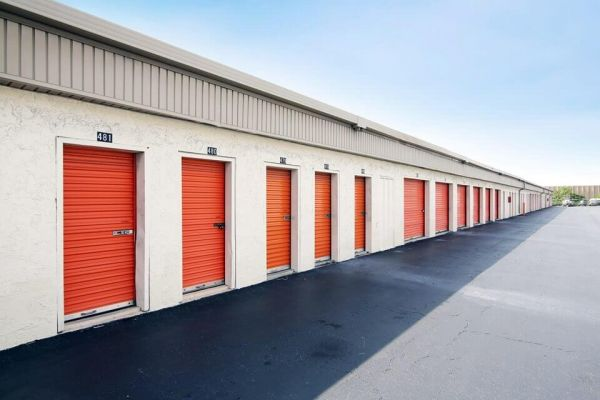 Public Storage - West Palm Beach - 3601 W Blue Heron Blvd 3601 W Blue Heron Blvd West Palm Beach, FL - Photo 1