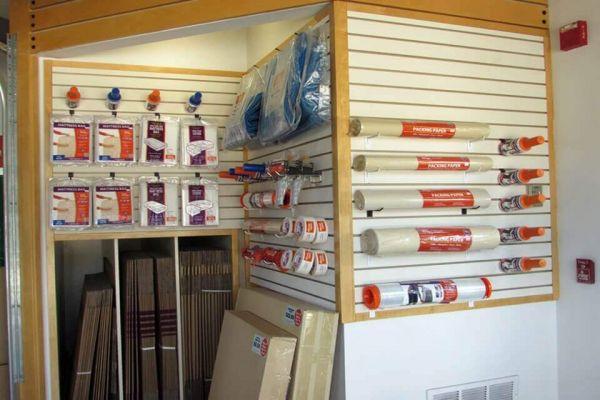 Public Storage - Brandon - 1010 W Lumsden Road 1010 W Lumsden Road Brandon, FL - Photo 2