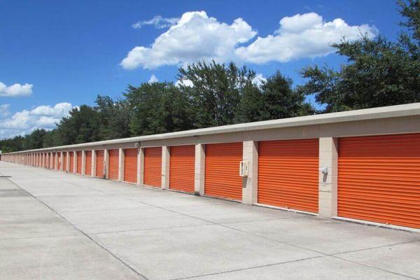 Public Storage - Brandon - 1010 W Lumsden Road 1010 W Lumsden Road Brandon, FL - Photo 1