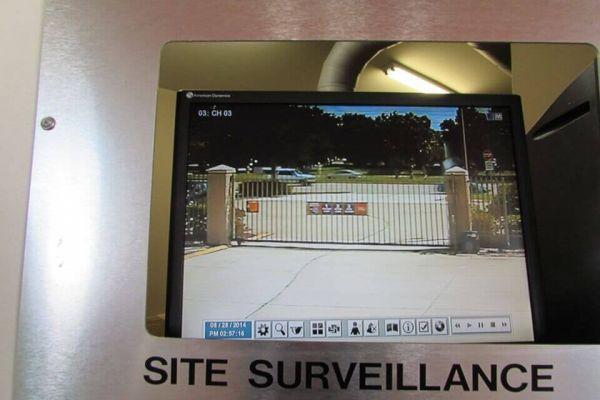 Public Storage - Brandon - 1010 W Lumsden Road 1010 W Lumsden Road Brandon, FL - Photo 3