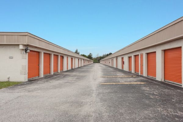 Public Storage - Lantana - 1801 Hypoluxo Road 1801 Hypoluxo Road Lantana, FL - Photo 1