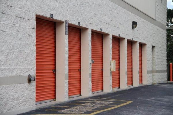 Public Storage - Altamonte Springs - 521 S State Road 434 521 S State Road 434 Altamonte Springs, FL - Photo 1
