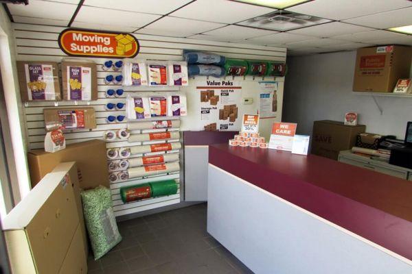 Public Storage - Largo - 8305 Ulmerton Road 8305 Ulmerton Road Largo, FL - Photo 2