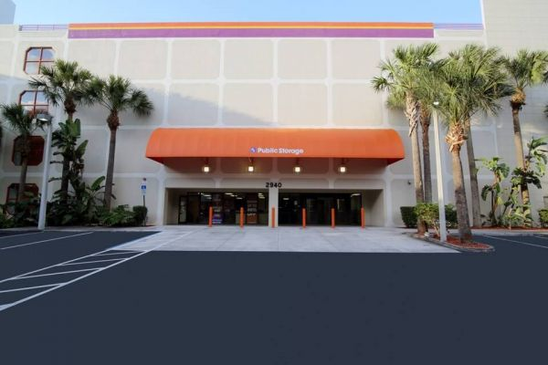 Public Storage - Aventura - 2940 NE 188th Street 2940 NE 188th Street Aventura, FL - Photo 0