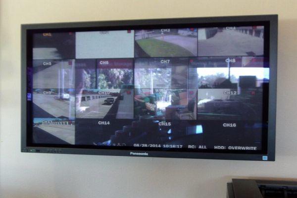 Public Storage - Bradenton - 3009 53rd Ave E 3009 53rd Ave E Bradenton, FL - Photo 3