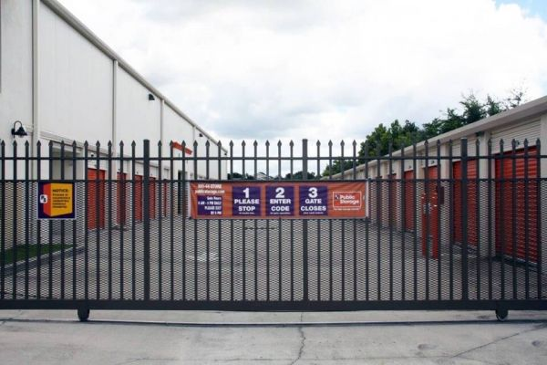 Public Storage - Kissimmee - 2783 N John Young Parkway 2783 N John Young Parkway Kissimmee, FL - Photo 3
