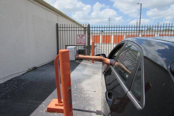 Public Storage - Tampa - 9210 Lazy Lane 9210 Lazy Lane Tampa, FL - Photo 4