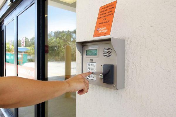 Public Storage - Ft Lauderdale - 6131 NE 14th Ave 6131 NE 14th Ave Ft Lauderdale, FL - Photo 4
