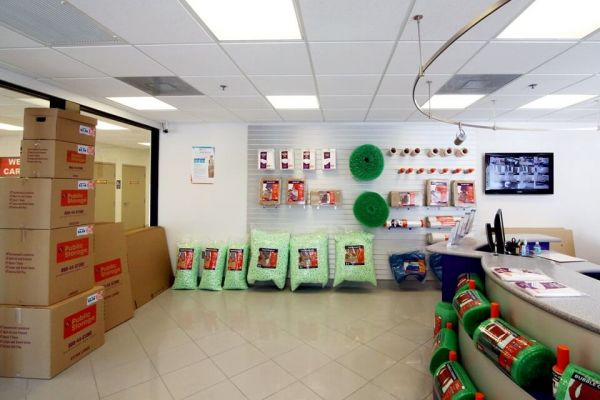 Public Storage - Ft Lauderdale - 6131 NE 14th Ave 6131 NE 14th Ave Ft Lauderdale, FL - Photo 2