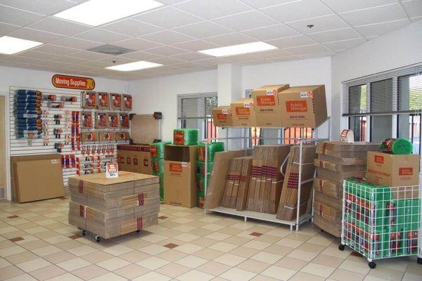 Public Storage - Altamonte Springs - 310 W Central Parkway 310 W Central Parkway Altamonte Springs, FL - Photo 2