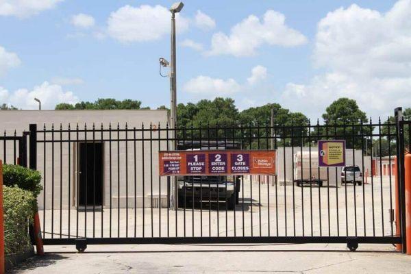 Public Storage - Orlando - 5602 Raleigh St 5602 Raleigh St Orlando, FL - Photo 3