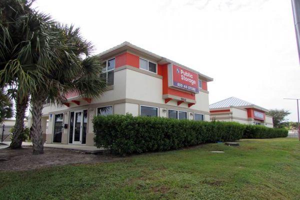 Public Storage - Fort Pierce - 5910 S US Highway 1 5910 S US Highway 1 Fort Pierce, FL - Photo 0