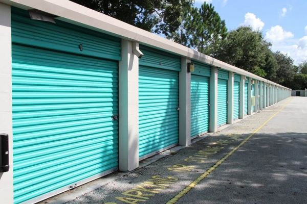 Public Storage - Oviedo - 1931 W State Rd 426 1931 W State Rd 426 Oviedo, FL - Photo 1